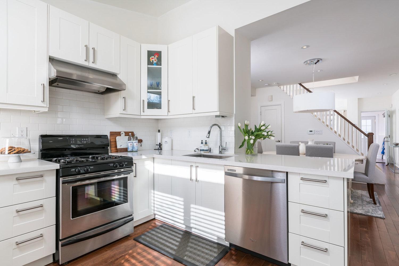 IKEA Kitchen Installers in Toronto & GTA ☎ 647-848-3651 ...